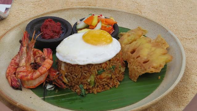 Lifestyle Enthusiast - Classic Indonesian breakfast