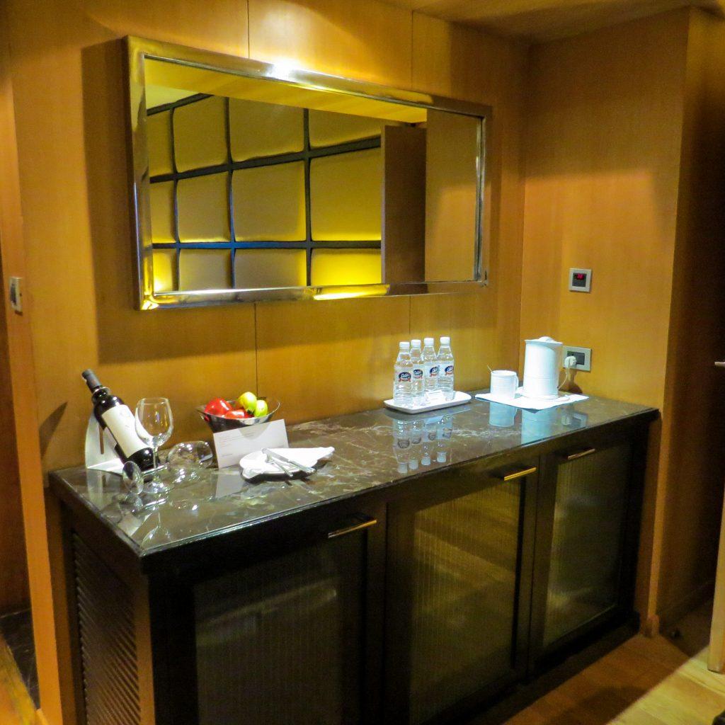 Lifestyle Enthusiast - Le Meridien Hotel New Delhi Suite Entrance Room Minibar and Beverage Area