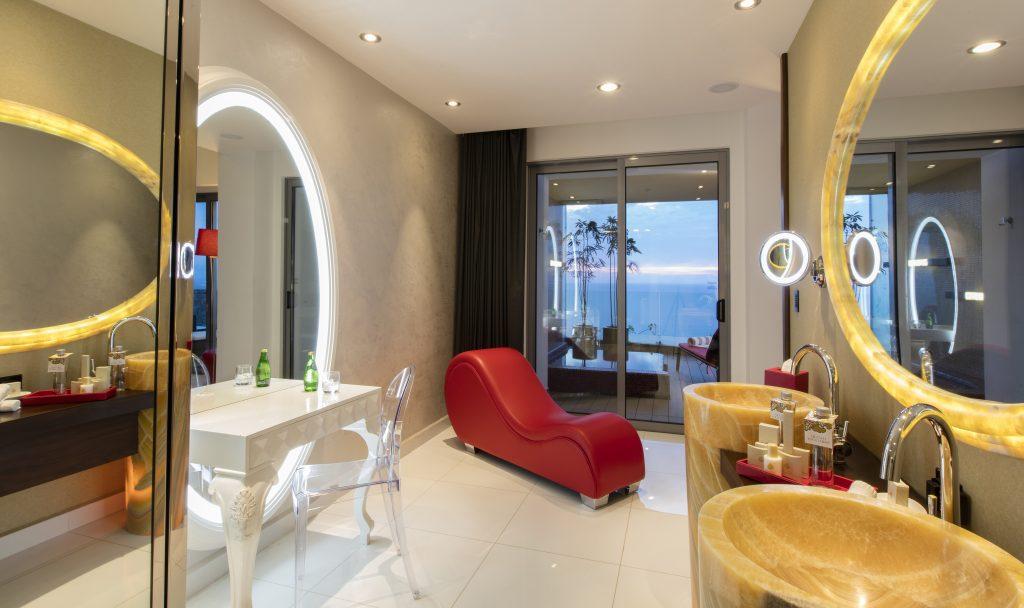 Hotel Mousai Corner Suite Bathroom - Lifestyle Enthusiast Blog - photo courtesy of Hotel Mousai