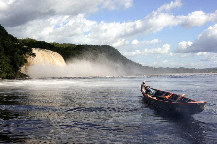 Lifestyle Enthusiast Travel Blog - Canaima Venezuela 1