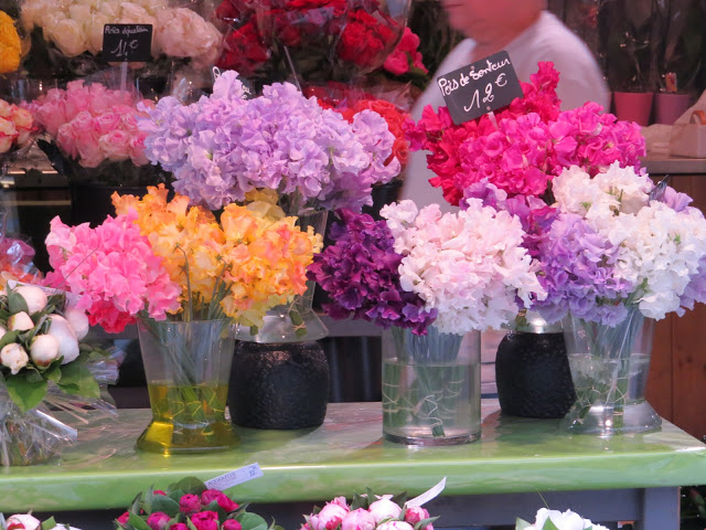 Lifestyle Enthusiast Paris Flowers in vases display