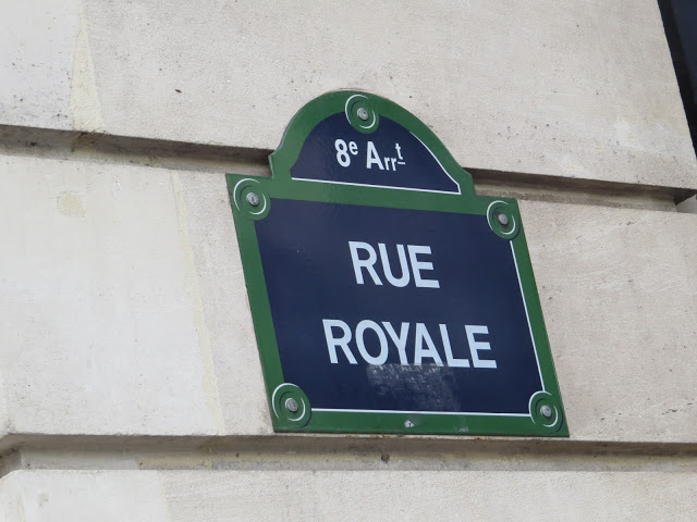 Lifestyle Enthusiast - Paris - Rue Royale Signpost