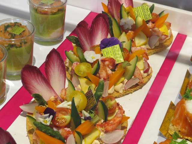 Lifestyle Enthusiast - Incredible seafood salad cracker at Fauchon, Paris