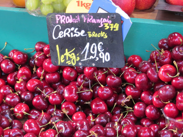 Lifestyle Enthusiast Paris - Cherries - Cerise
