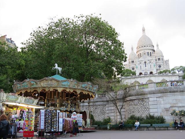 Lifestyle Enthusiast - Montmartre fair, Paris