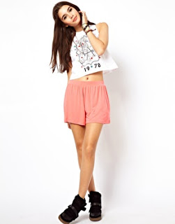Lifestyle Enthusiast - Asos Cullottes Shorts in Coral