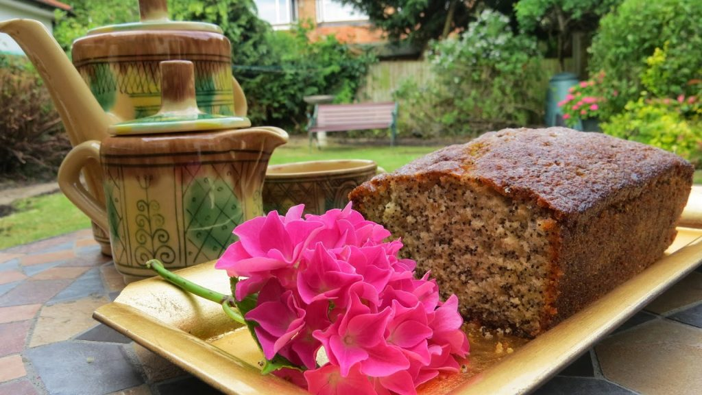 Lifestyle Enthusiast - Smooth, sticky and tangy lemon and poppyseed loaf
