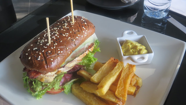 Lifestyle Enthusiast - The Damai, Lovina, Bali - Gourmet Burger and Chips