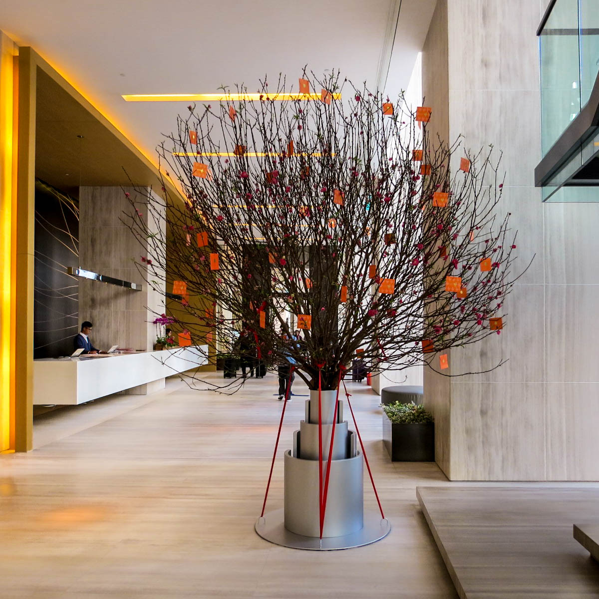 Business hotel in hong kong east hotel - Lifestyle Enthusiast East Hotel Hong Kong Tree In Lobby